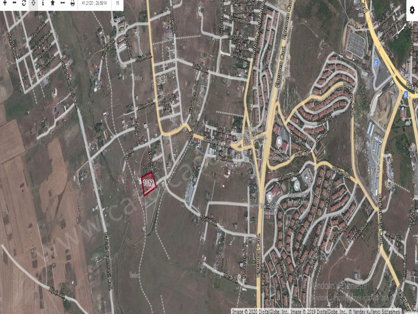 Arnavutköy Taşolukta Satılık Arsa , 700 M2 Hisseli Evlerin Yakını